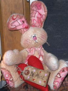 jan17010 225x300 Primitive Easter Bunny   New Item