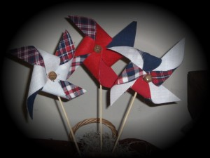 apr16a009 300x225 Americana Primitive Decorations for Memorial Day and The Fourth of July