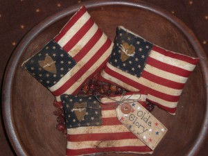 apr30a008 300x225 Americana Primitive Decorations for Memorial Day and The Fourth of July
