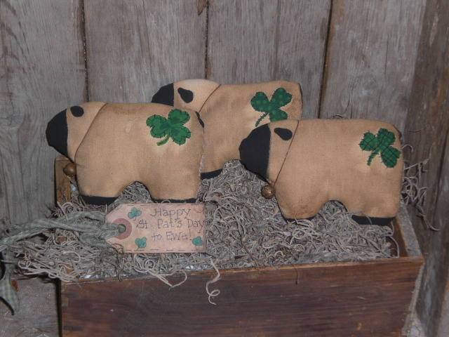 EbayFebruary7005 Primitive Sheep and Shamrocks to Complete Your Primitive St Patricks Day