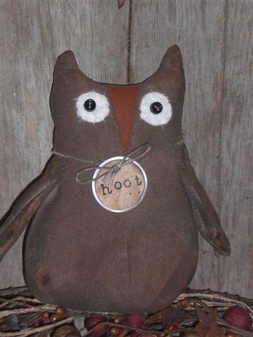 Primitive Halloween Owl Ornie