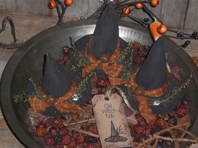 Primitive Halloween Witch Hats