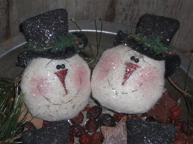 Primitive Frosty Christmas Ornies